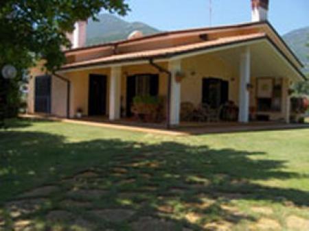 Monte San Biagio (LT) - Villa