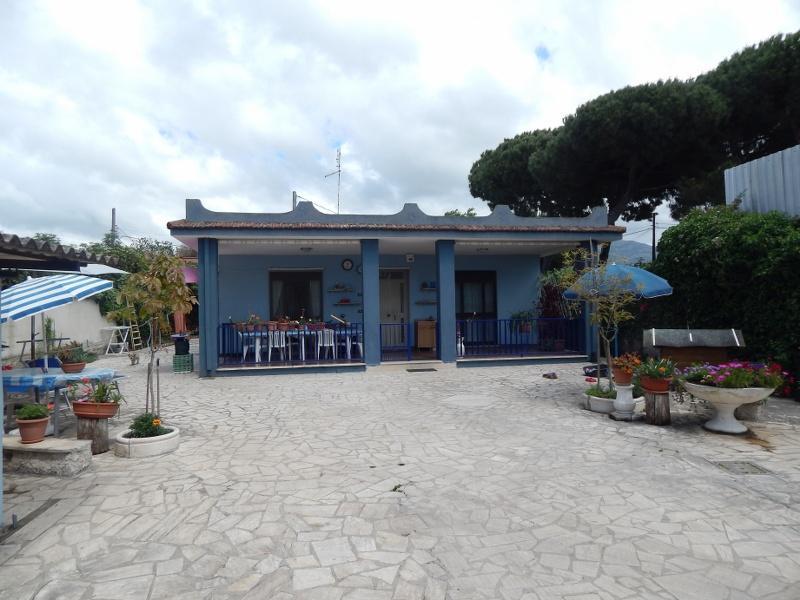 Terracina (LT) - Villa